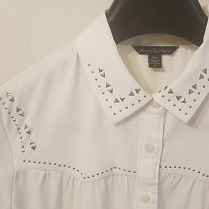 American Eagle Outfitters Off-White blouse